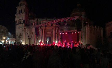 Ad Acireale lo straordinario spettacolo della Sicily Folk Orchestra (VIDEO)