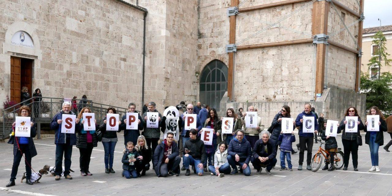 #StoPesticidi, tre FLASH MOB in Sicilia promossi dal WWF