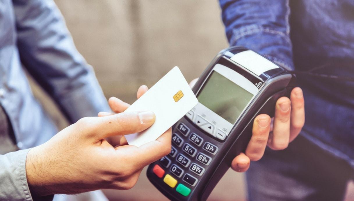 Sanità, all'ospedale di Villa Sofia di Palermo il ticket si paga solo con il bancomat…