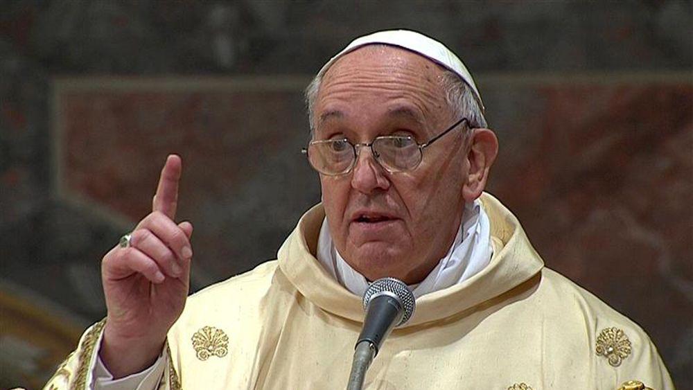 Papa Francesco rispolvera il modello Wojtyla e va al confronto diretto col potere politico ed ideologico
