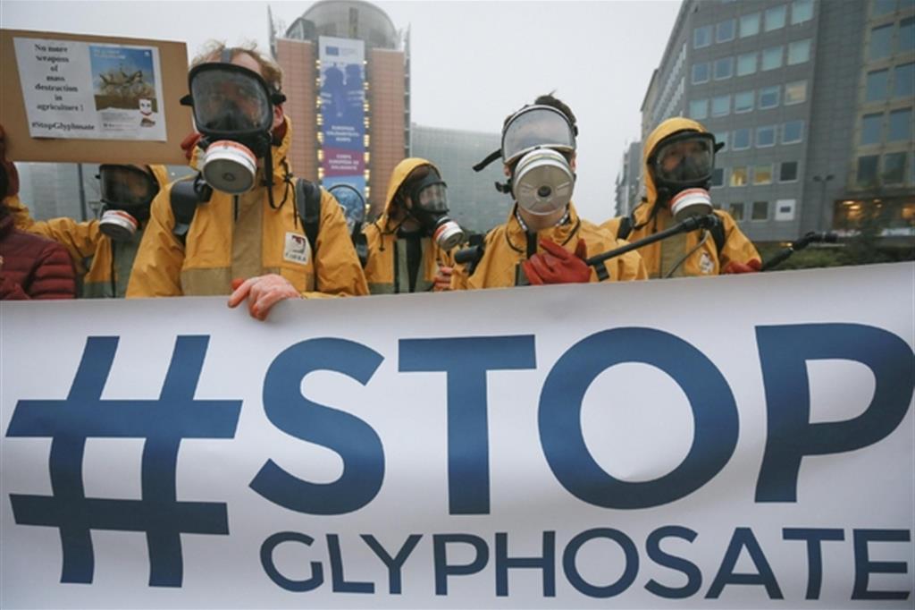 Glifosato, terza condanna per Bayer-Monsanto: dovrà risarcire 2 miliardi di dollari!/ MATTINALE 280