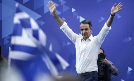 """I titoloni: """"In Grecia vince la destra"""". Invece Tsipras era di sinistra?"""