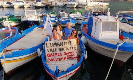 La protesta degli ex sportellisti a mare? Prima vengono i 'picciuli' e i progetti del Centro direzionale...