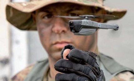 Black Hornet, il drone-elicottero da 200 grammi: arma quasi invisibile che si infila nelle file nemiche