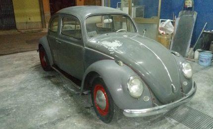Il mondo saluta la fine del Maggiolino, l'auto della Volkswagen che ha segnato più epoche