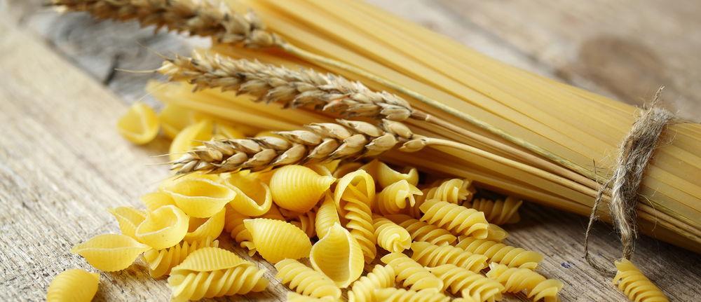 """""""Pasta fatta con grano rigorosamente italiano"""". E il grano che arriva con le navi che fine fa?/ MATTINALE 346"""