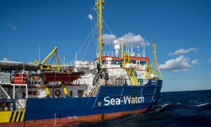 Sea Watch: la 'Capitana' è libera e il 'Capitano' Salvini è libero di prendere altri voti/ MATTINALE 328