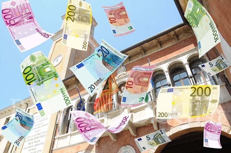Sicilia, sanità pubblica allo sbando, ma centinaia di milioni di euro per progetti & appalti/ MATTINALE 334