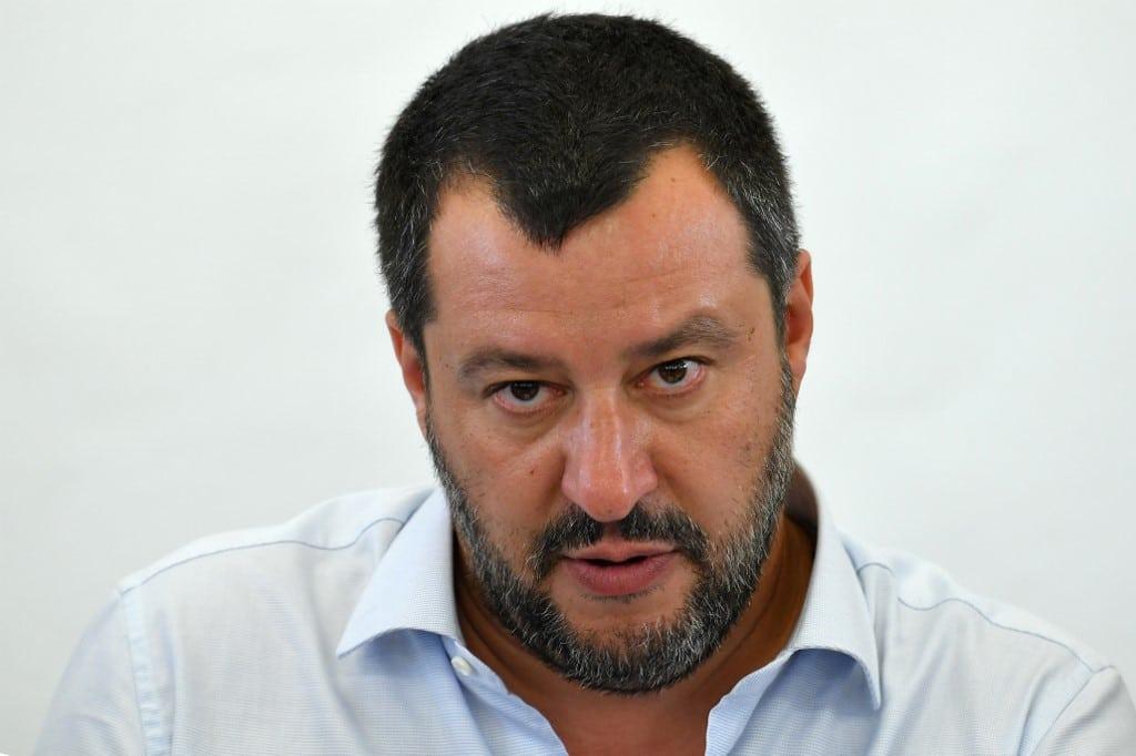 A furia di tirare la corda Salvini otterrà un mezzo 'golpe europeista' tipo Monti…/ MATTINALE 343