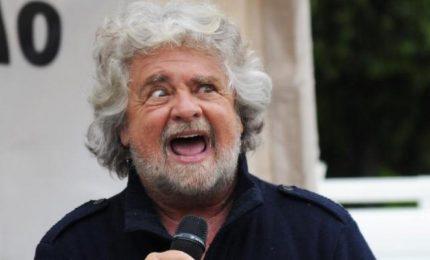 L'antimeridionalismo grillino/ Beppe Grillo al naturale: così Scampia diventa luogo di ladri!