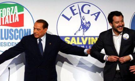 """Salvini: da """"Prima gli italiani"""" a """"Prima gli americani"""" il passo è stato breve"""
