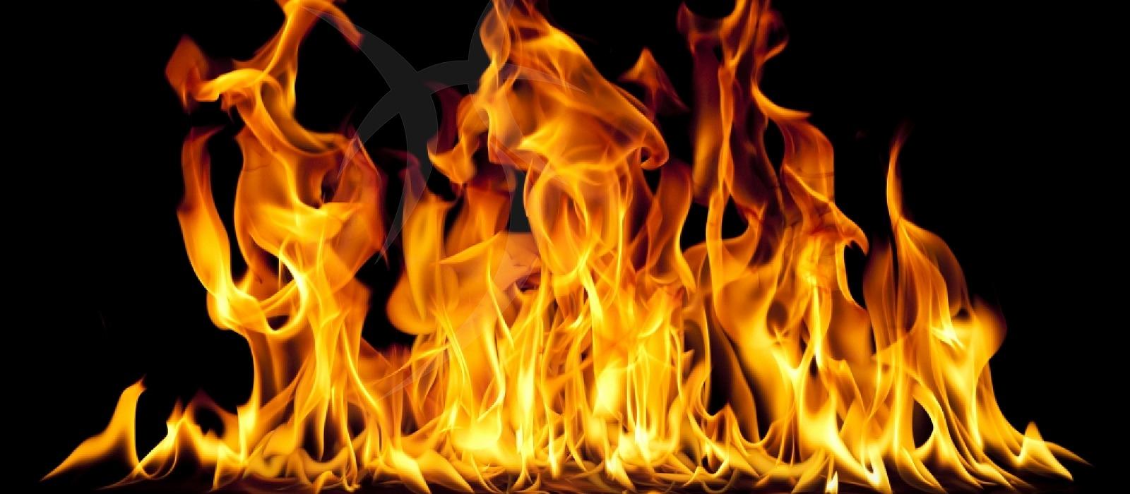 L'incendio nel terreno del presidente Musumeci: come mai c'erano le sterpaglie?