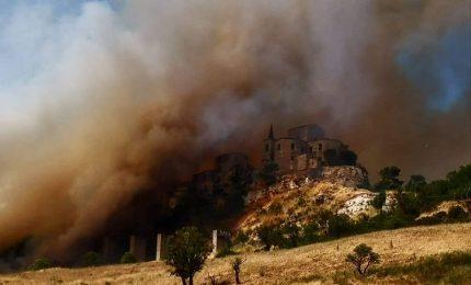 Fuoco e paura a Petralia Soprana. Solita domanda: le opere di prevenzione del fuoco sono state effettuate?