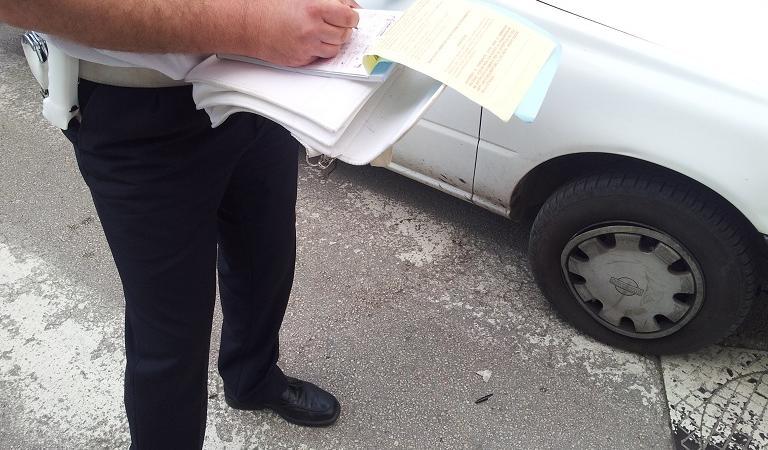 Brutta vacanza per un turista in Sicilia: gli scappa la pipì per strada e si becca oltre 3 mila euro di multa!