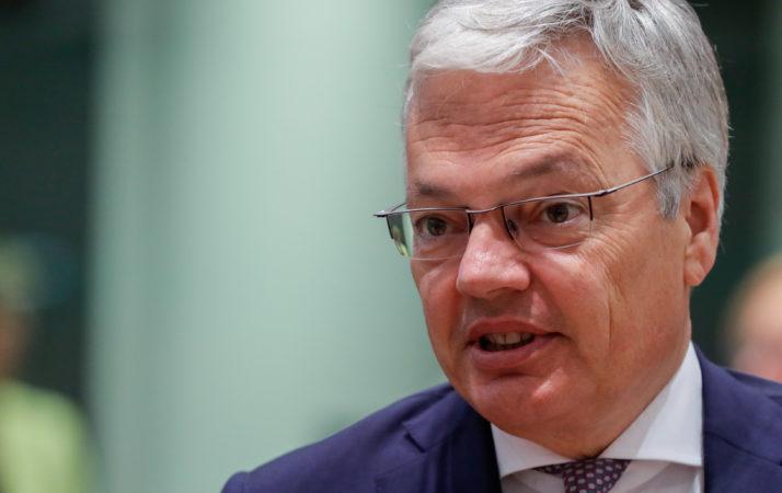 Commissario UE alla Giustizia indagato per corruzione e riciclaggio: ottima scelta, Ursula!