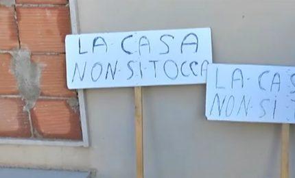 Comiso, agricoltore indebitato perde la casa: vale 220 mila euro, gliel'hanno pagata 64 mila euro!