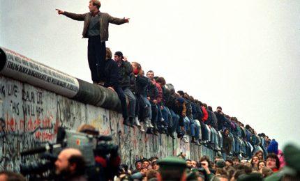 Giulietto Chiesa racconta il Muro di Berlino a trent'anni dalla sua caduta (VIDEO)