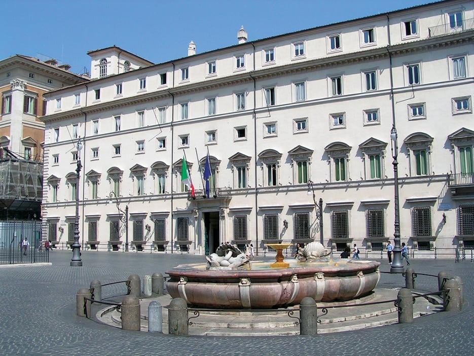 Governo 'italiano' targato UE. Ministeri: al PD la 'polpa', ai grillini gli 'ossi'…