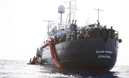 Alla fine dov'è approdata la nave Ocean Viking? In Italia. Anzi in Sicilia...