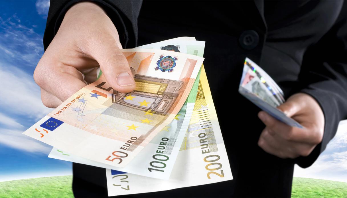 Con la lotta al contante i cittadini del Sud dipenderanno dalle banche del Nord/ MATTINALE 420
