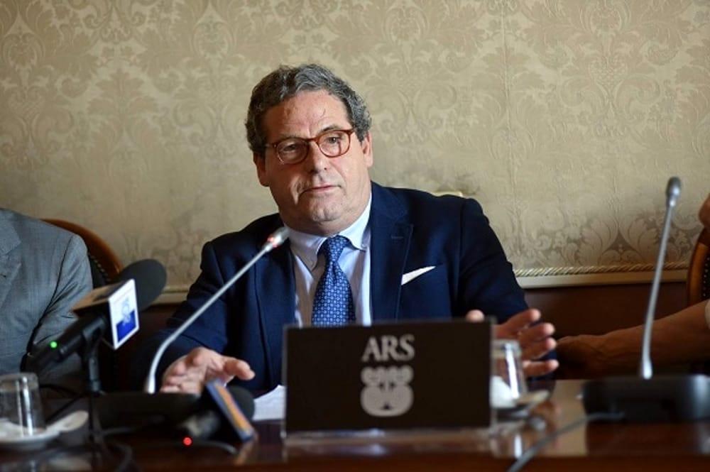Con la difesa dei vitalizi dell'Ars Gianfranco Miccichè getta discredito sulla Sicilia/ MATTINALE 435