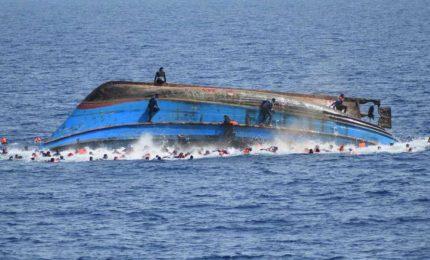 Migranti morti a Lampedusa: perché non togliere navi Ong e barchini e organizzare ponti aerei?