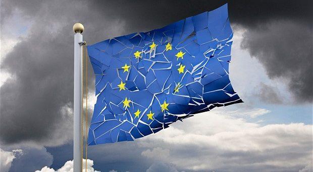 Perché nessuno dice che 20 anni di euro e di rigore economico stanno facendo franare l'Italia?