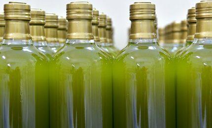 """Il vero problema è l'olio d'oliva estero venduto come """"extra vergine italiano""""!"""