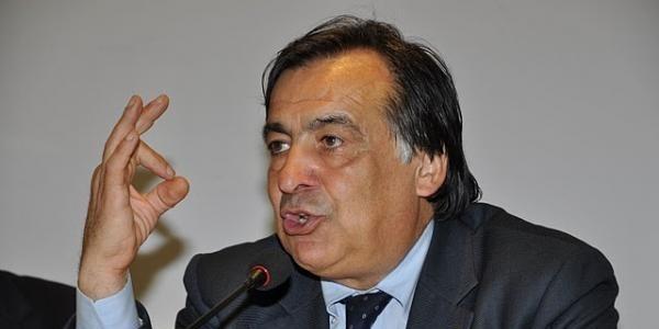 Aiutiamo Leoluca Orlando a tornare a casa e a lasciare in pace Palermo