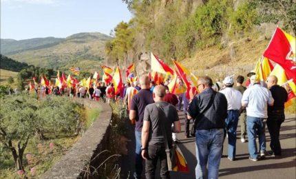Le 'Sardine'? I Siciliani coscienti e r/esistenti, liberi e forti non sono 'inscatolabili'