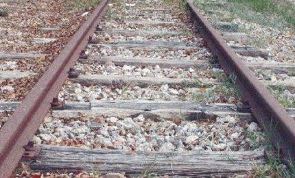 Il disastro delle Ferrovie in Sicilia: viaggio in treno dei militanti del Movimento 24 Agosto di Pino Aprile