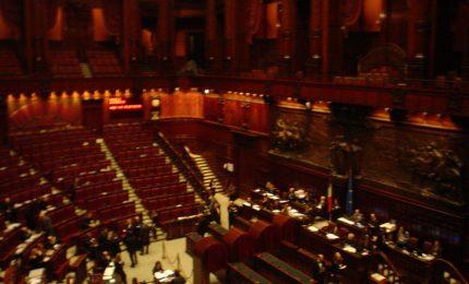 Riduzione dei parlamentari: i grillini, senza volerlo, favoriscono i poteri forti, industriali e finanziari