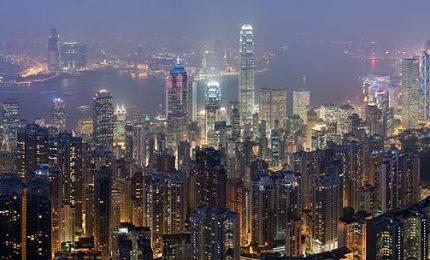 Hong Kong regala 71 miliardi di dollari ai propri cittadini e alle proprie imprese per rilanciare l'economia