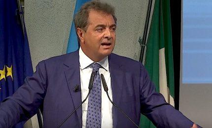 UniCredit vuole chiudere 450 sportelli (57 in Sicilia). Sileoni (FABI) attacca Jean Pierre Mustier
