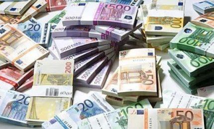 Tutti al mare/ Quasi pronto un 'boccone' da 300 milioni di euro per le isole siciliane