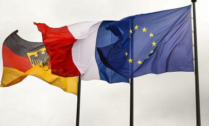Ue e euro? Traballano. La BCE elimina MES e Eurobond. Germania e Francia contro l'Italia con il Capital Keyn