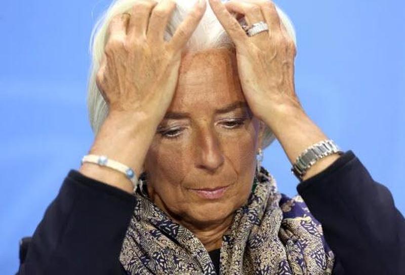 Non è strano l'attacco della BCE all'Italia a tre giorni dal vertice sul MES?