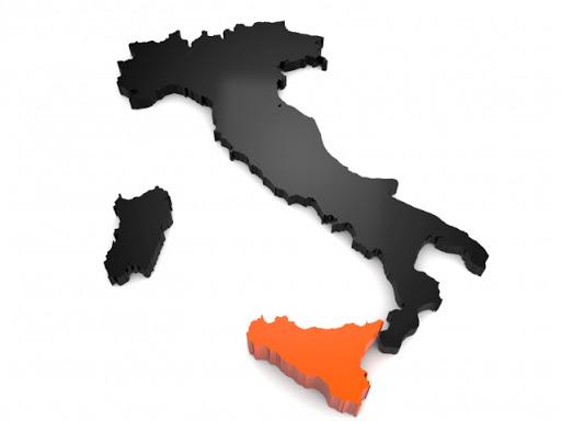 La Sicilia stretta tra la sanità sotto pressione e i siciliani che vogliono rientrare dal Nord Italia e dall'estero