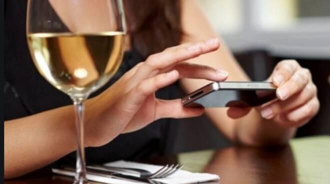 Wonder menù, l'app per i ristoratori che garantisce sicurezza ai clienti