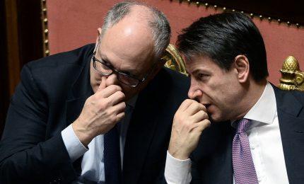 Non è che sono finiti i soldi e Conte e Gualtieri aspettano il MES? Aspettano e sperano perché stavolta...