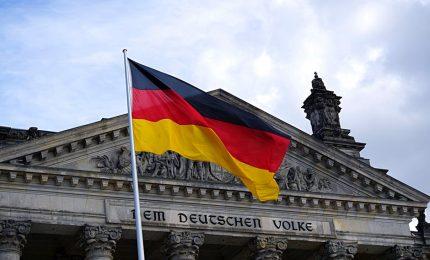 Coronavirus in Germania: 50 mila euro al mese per le imprese, dall'automobile alle piccole e medie imprese