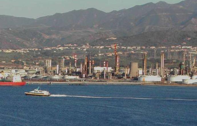 A Milazzo si insegue ancora la chimica 'pesante': non sarebbe ora di pensare ad altro?