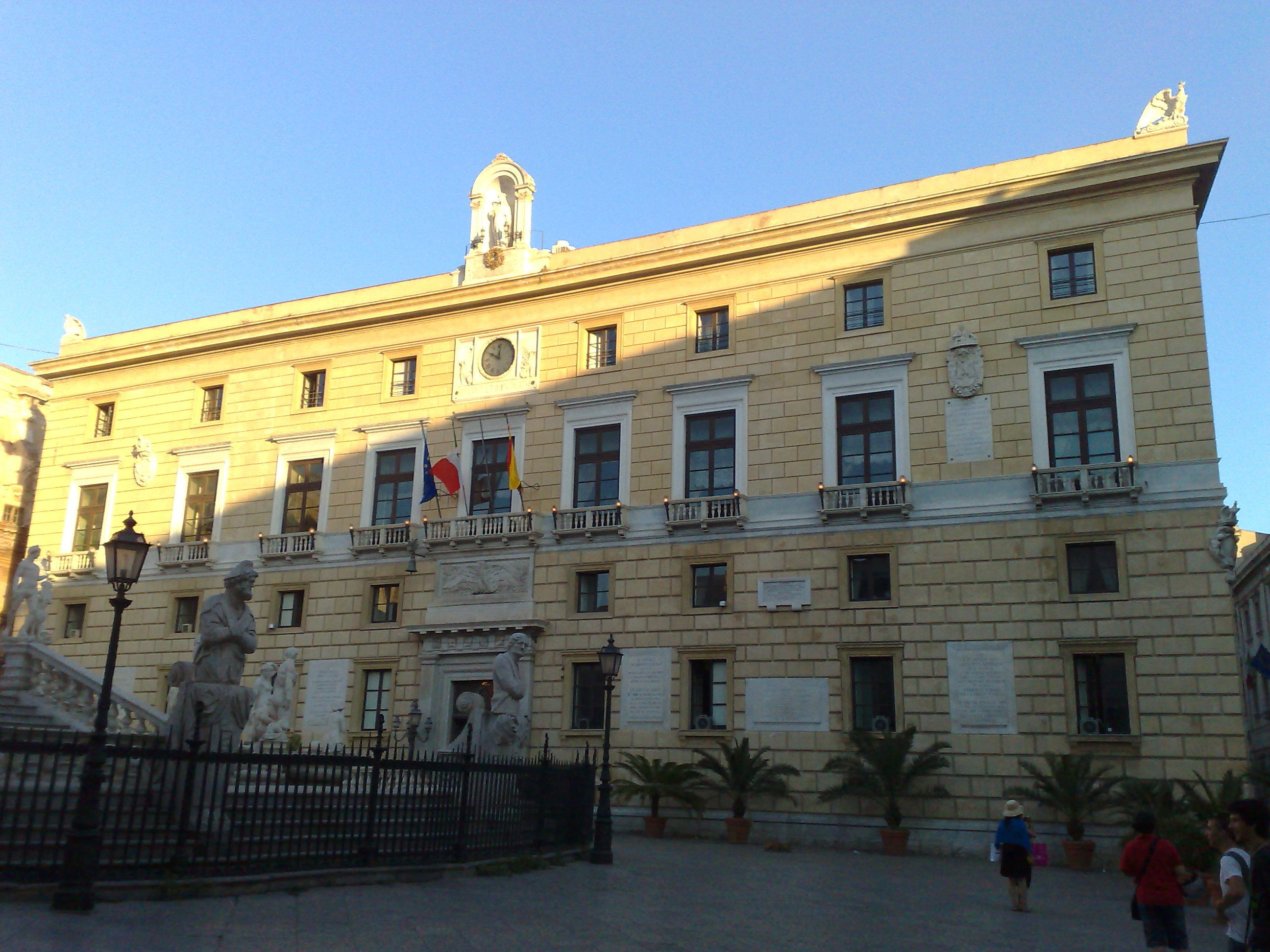 SERALE/ 'Misteri' al Comune di Palermo: nuova denuncia di Giulia Argiroffi e Ugo Forello