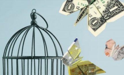 """""""Carta bloccata per cinque giorni"""". Che succederebbe senza il denaro contante, chiede Diego Fusaro?"""