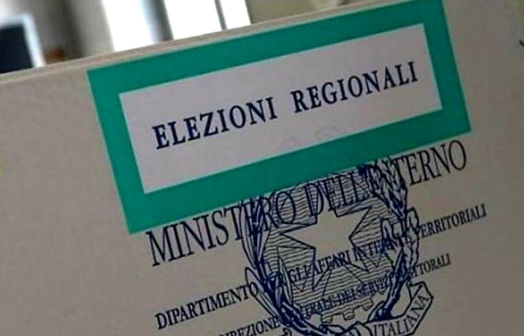 Elezioni in Campania: 'Giggino' e De Luca insieme? Puglia: grillini cercasi e Movimento 24 Agosto…