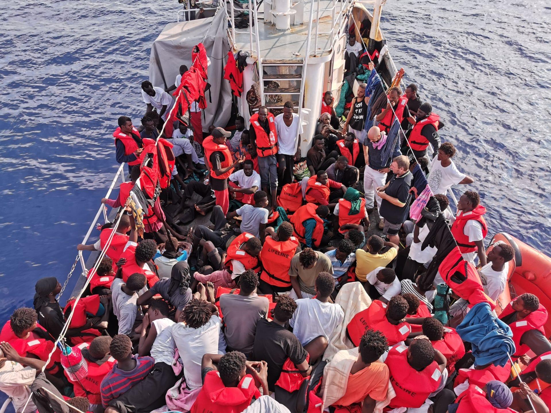 A Porto Empedocle 28 migranti positivi al COVID-19. Lo scrive su Facebook il presidente Musumeci