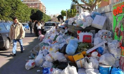 Palermo, Bellolampo, la 'munnizza' per le strade e la politica che pensa ai grandi appalti