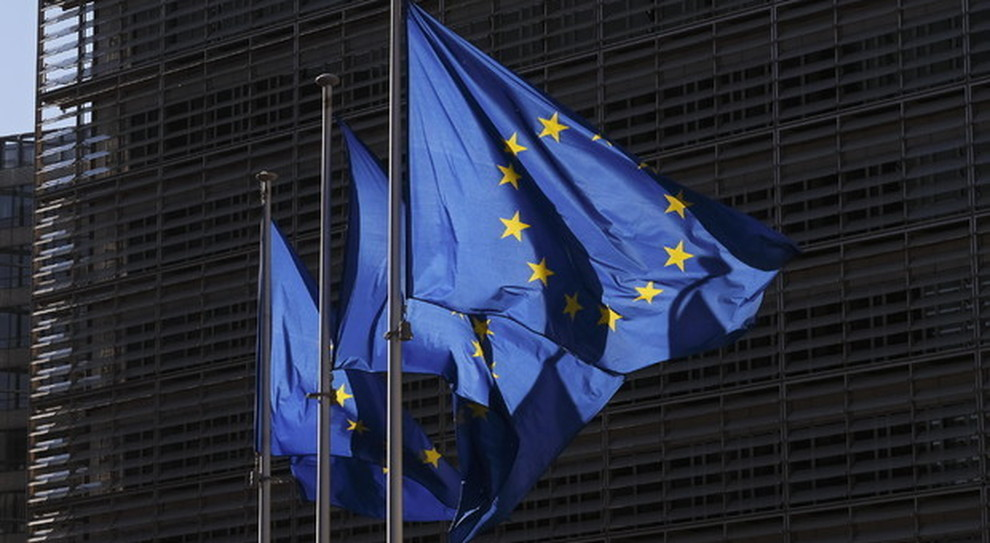 Cinque Paesi della Ue bloccano il Recovery fund. Nubi sull'Italia. E il 5G cinese che…