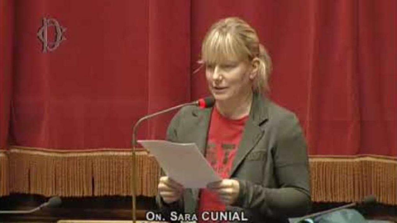 Serve un nuovo progetto politico per i cittadini: l'idea di Sara Cunial (VIDEO)