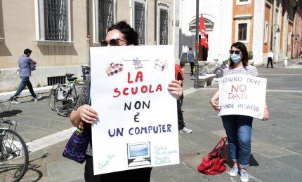 """Oggi manifestazione nazionale della scuola: """"No alla didattica a distanza"""""""